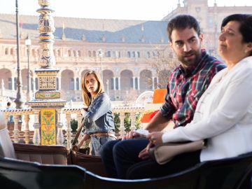 Iñaki y su madre viajan a Sevilla en 'Allí Abajo'