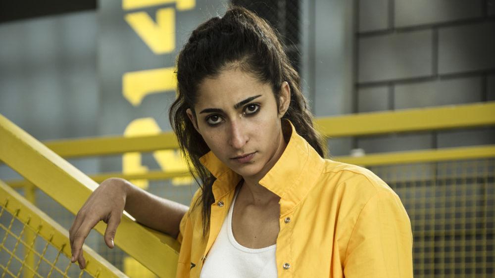 Alba Flores es Saray en 'Vis a vis'
