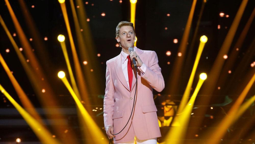 Edu Soto canta 'Unchained Melody' en la semifinal de 'Tu Cara Me Suena'