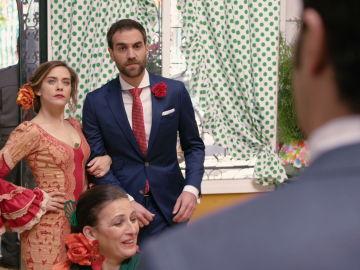 Carmen se presenta con Iñaki en la Feria de Abril de 'Allí Abajo'