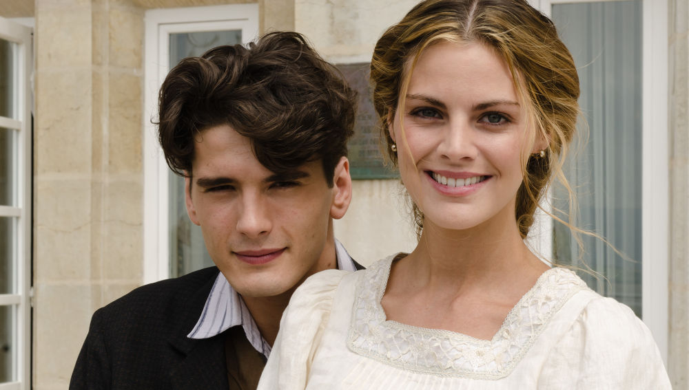 Yon González y Amaia Salamanca protagonizaron 'Gran Hotel' en Antena 3