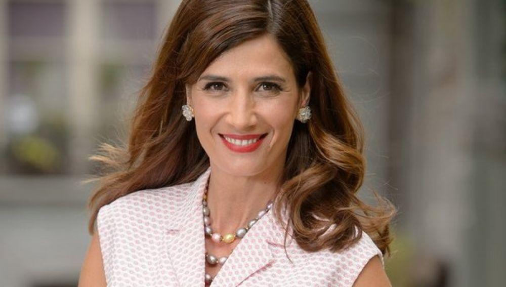 Elia Galera es Adela Vázquez