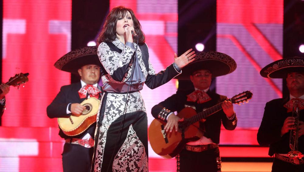 Lorena Gómez es Rocío Durcal en 'Tu Cara Me Suena'