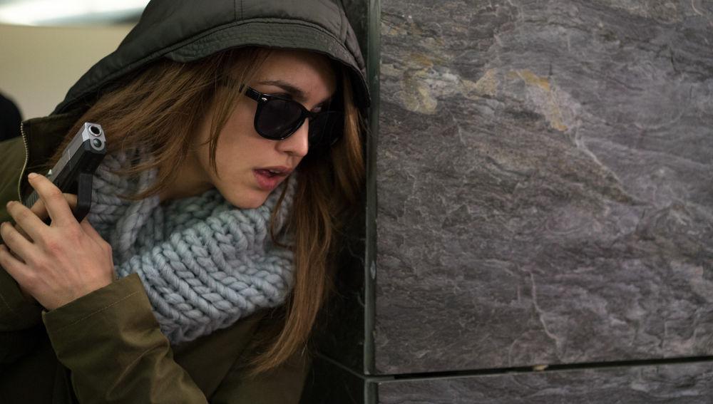 María, dispuesta a matar a su tío Enrique en 'Sin Identidad'