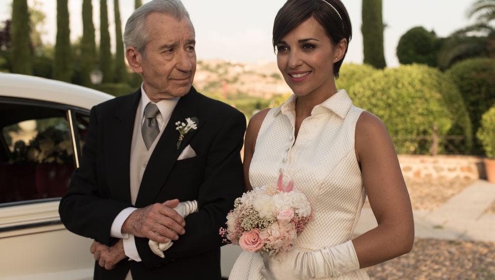 Ana vestida de blanco para su boda con Alberto en 'Velvet'