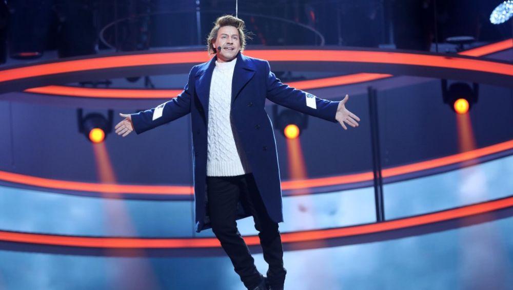 Miquel Fernández gana la novena gala como Harry Styles