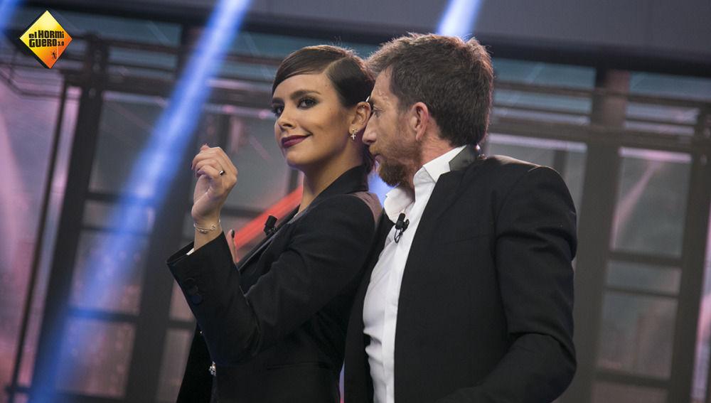 Cristina Pedroche se divierte en 'El Hormiguero 3.0'
