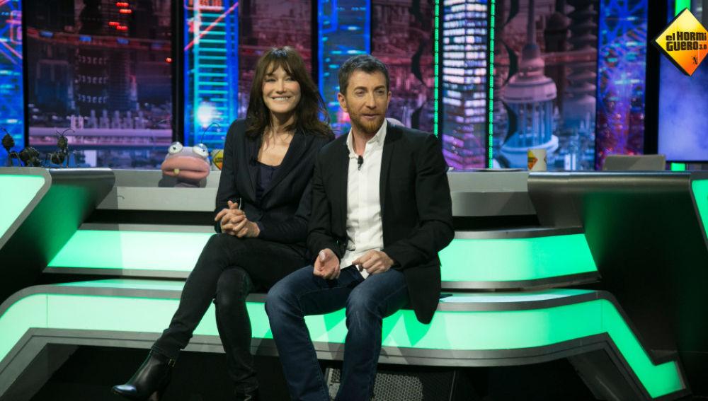 Carla Bruni, junto a Pablo Motos