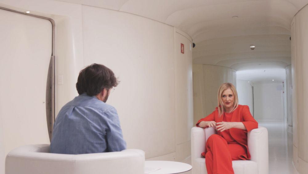 Cristina Cifuentes, con Jordi Évole en 'Salvados'