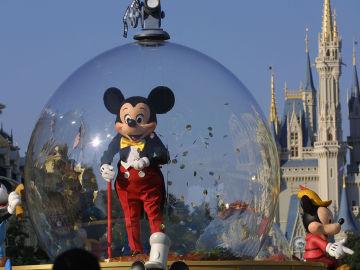 Mickey Mouse celebra su 90 cumpleaños