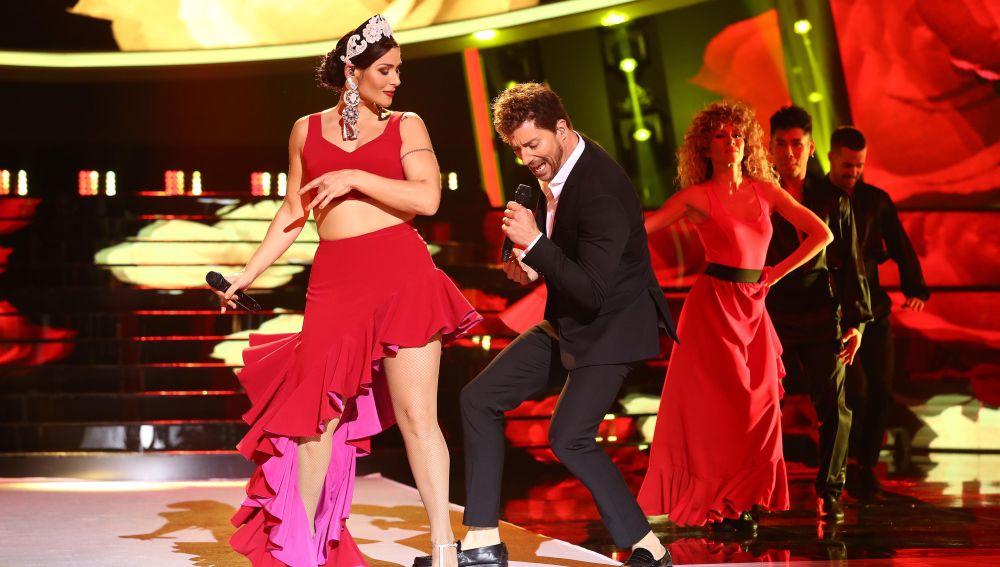 Rosa LópezyPablo Puyol como David Bisbal y Greeicy