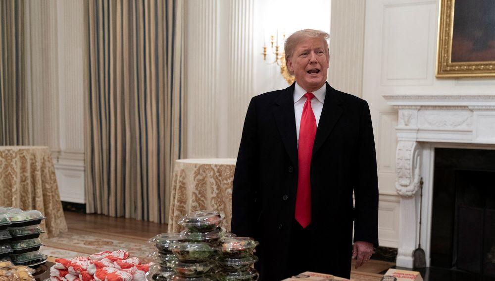 Donald Trump, con las hamburguesas en la Casa Blanca