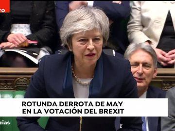 Noticias 2 Antena 3 (15-01-19) El Parlamento británico rechaza el acuerdo sobre el 'Brexit'