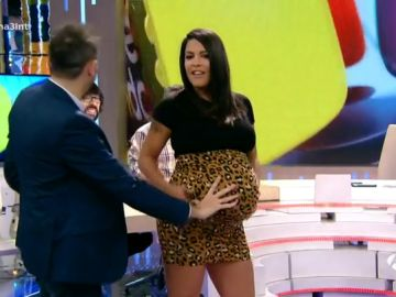Lorena Castell, más en forma que nunca a punto de dar a luz