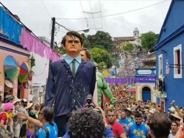 Críticas a Bolsonaro