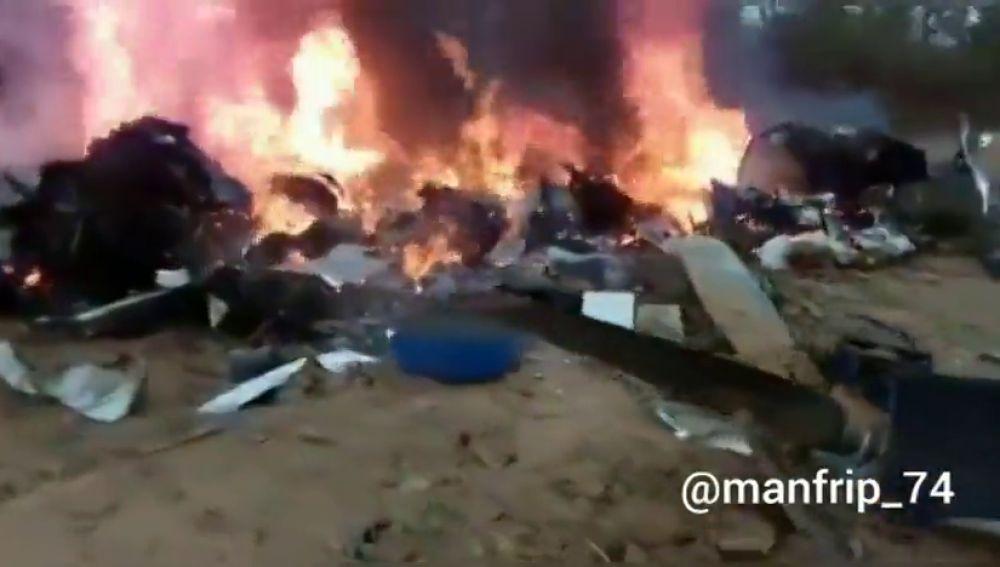 Doce muertos al estrellarse un avión en la zona selvática de Colombia