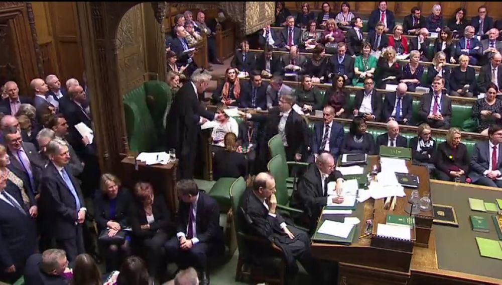 El Parlamento británico vota 'no' a un segundo referéndum del 'brexit'