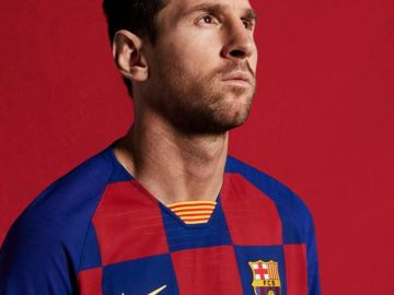 Messi, con la nueva equipación del Barcelona