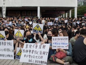 Manifestantes en las protestas de Hong Kong
