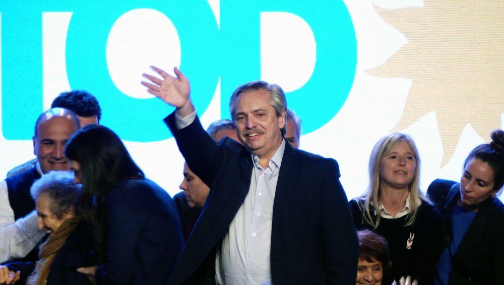 Alberto Fernández celebra el triunfo en las primarias de Argentina