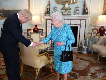 A3 Noticias de la Mañana (29-08-19) Isabel II autoriza la suspensión del Parlamento británico hasta octubre tras la solicitud del primer ministro Boris Johnson