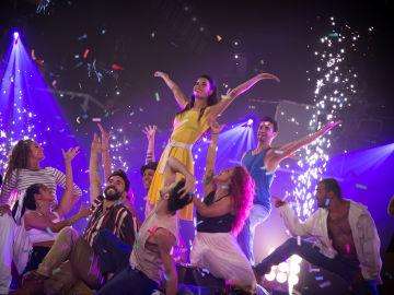 Pilar Rubio recrea a la perfección el inicio de la película 'La La Land'