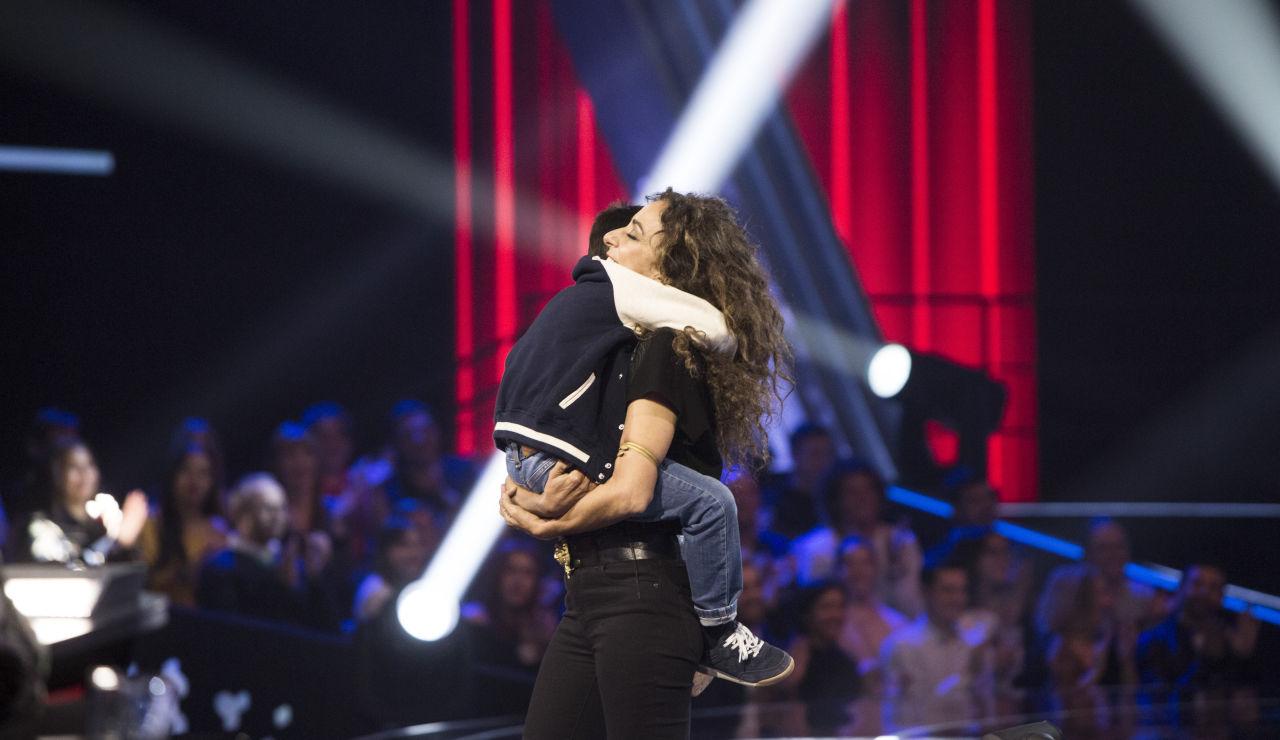 Rosario y Lolita Flores se queda con Daniel García en las Batallas de 'La Voz Kids'