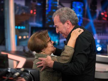 El conmovedor reencuentro entre José Luis Perales e Isabel, la protagonista de su historia viral