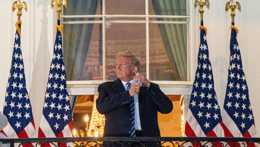 Donald Trump regresa a la Casa Blanca tras abandonar el hospital