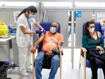LaSexta Noticias Fin de Semana (16-05-21) Los contagios de coronavirus siguen a la baja en España mientras continúa la inmunización a buen ritmo