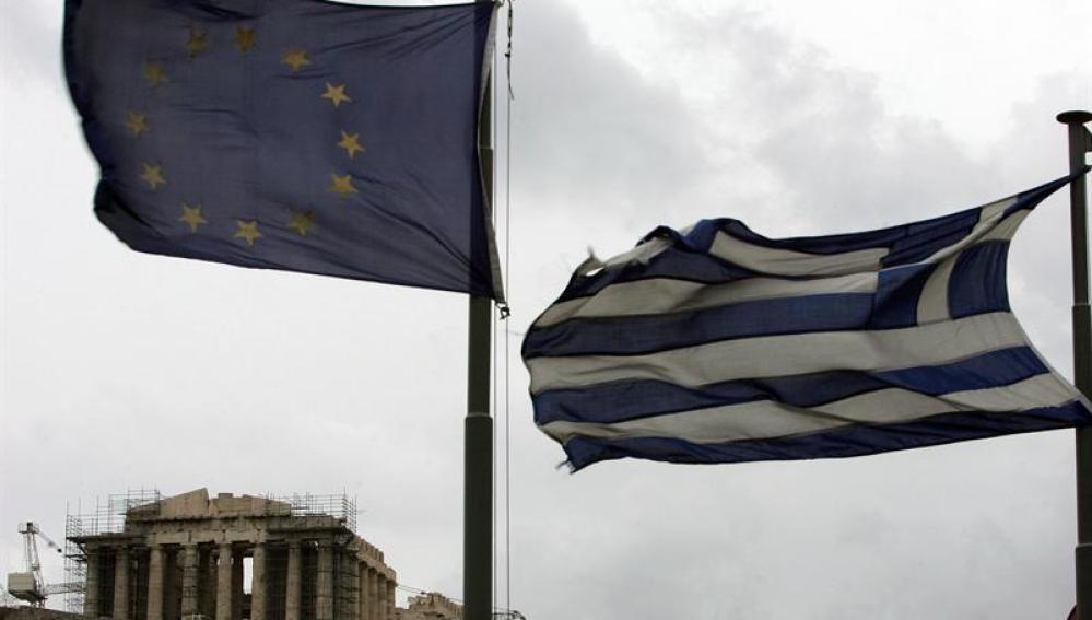 Banderas de Grecia y la UE