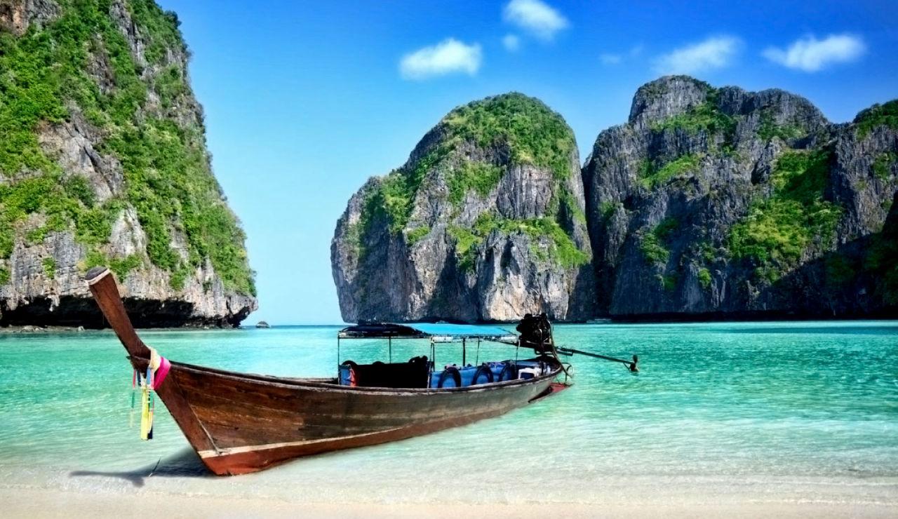 Imagen de la playa Maya Bay, en Tailandia