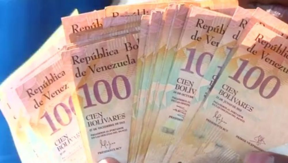 Venezuela entra en proceso de reconversión monetaria