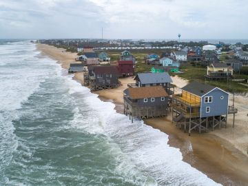 Dorian llega a Carolina del Norte y del Sur tras devastar las islas Bahamas