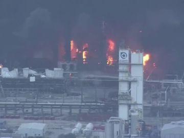 Evacuados los residentes de cuatro ciudades de Texas tras la explosión de una planta petroquímica