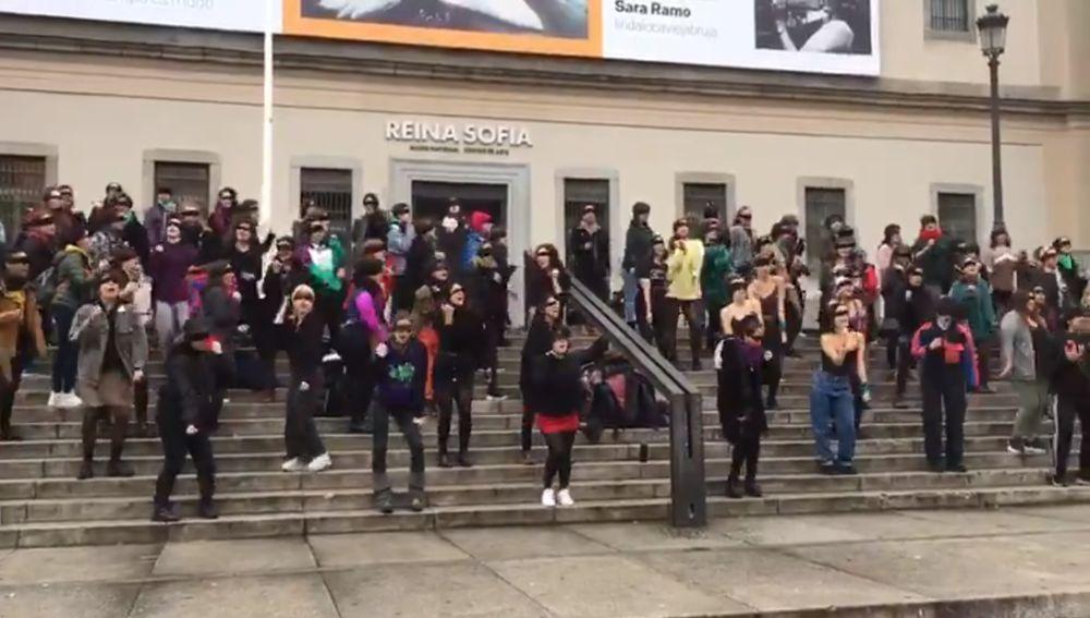 Performance de 'Un violador en tu camino' realizada en Madrid