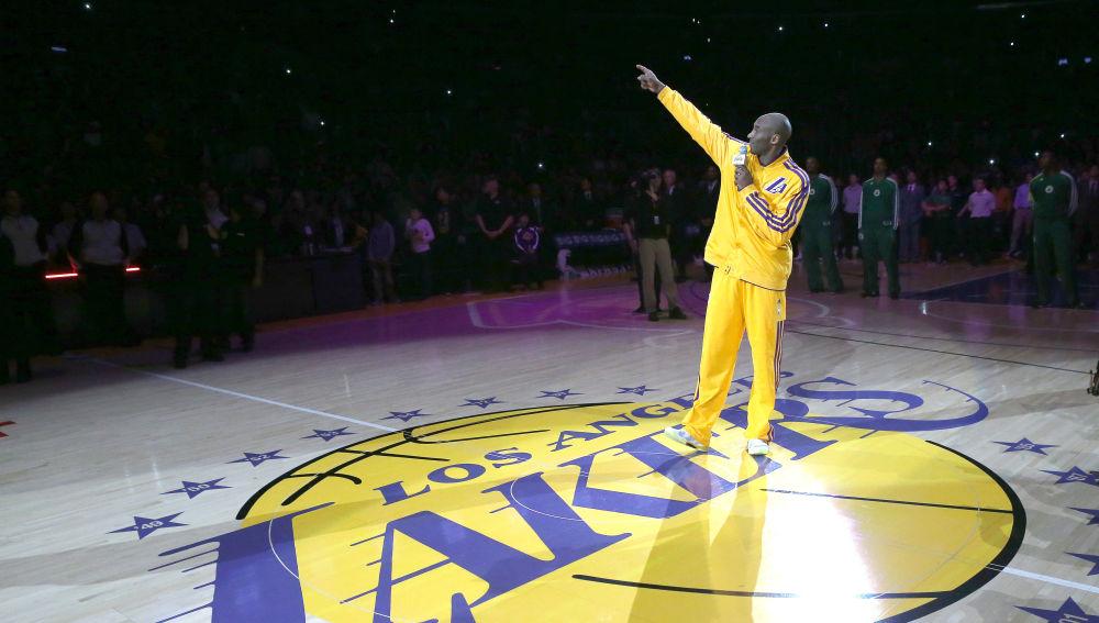 Kobe Bryant, en la cancha de Los Ángeles Lakers, el Staples Center