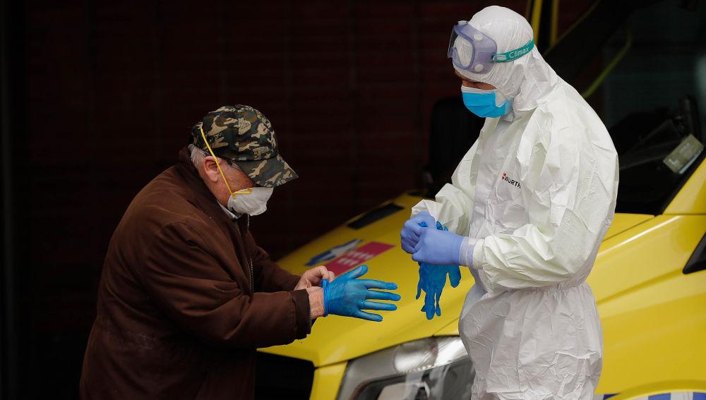 Lasexta noticias fin de semana (18-04-20) España supera los 20.000 fallecidos por coronavirus con 565 en las últimas 24 horas