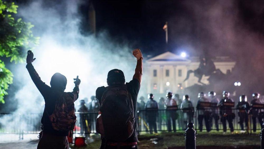 Nuevas protestas frente a la Casa Blanca por la muerte de George Floyd