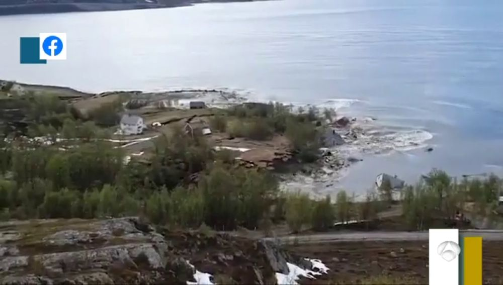 El deshielo provoca un deslizamiento de tierra con ocho casas en la costa noruega