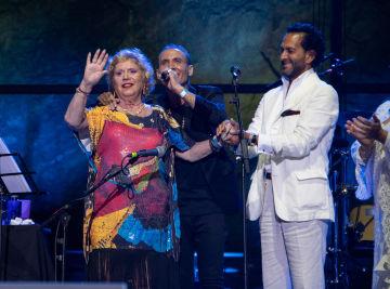 María Jiménez reaparece en Starlite Catalana Occidente con Pitingo