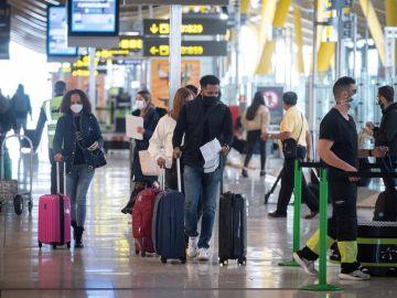 Apuñalan a una persona con un cuchillo en el aeropuerto alemán de Dusseldorf