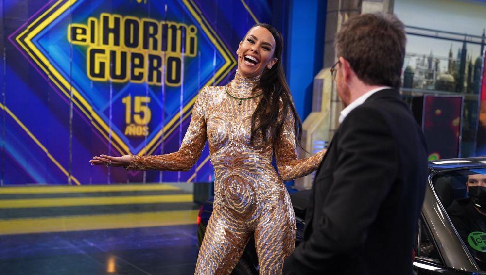 """El baile más atrevido de Cristina Pedroche en su entrada: """"Este traje lo he hecho expresamente para 'El Hormiguero 3.0'"""""""