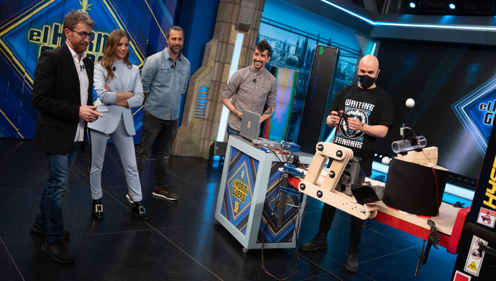 El reto circense de un robot en 'El Hormiguero 3.0': hacer malabares