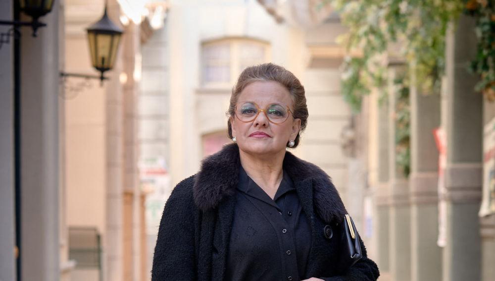 Ángeles Martín es Doña Visi en la novena temporada de 'Amar es para siempre'