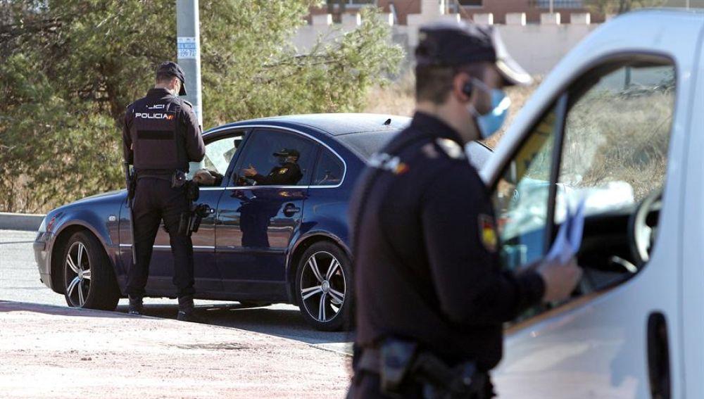 La policía interviene en 267 fiestas ilegales en Madrid durante el fin de semana