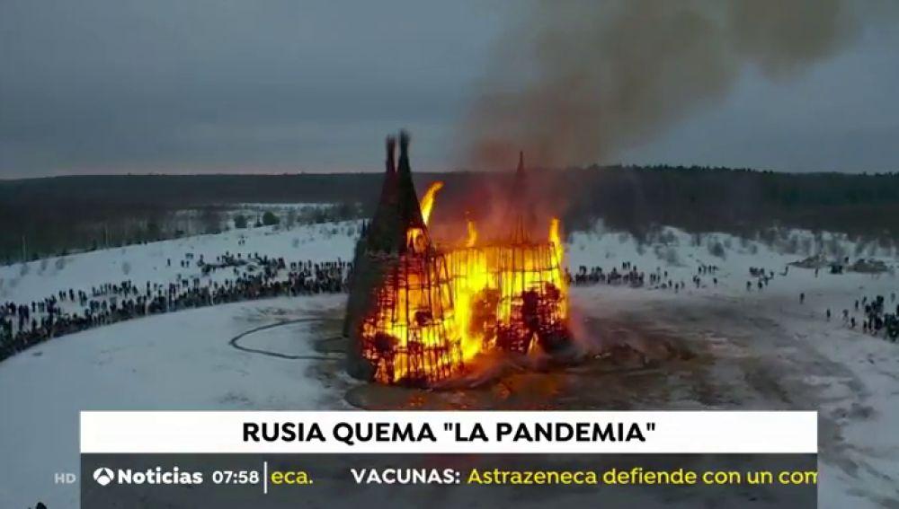 Rusia da la bienvenida a la primavera con la quema del castillo del coronavirus