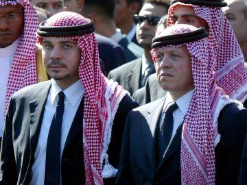 Detienen al expríncipe heredero de Jordania acusado de conspirar para derrocar al rey Abdalá