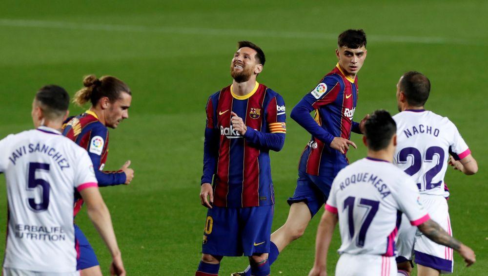Leo Messi se lamenta tras una acción