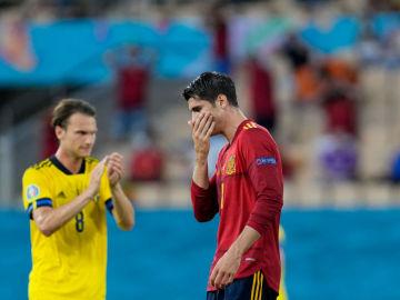 La falta de gol condena a España al empate en su debut en la Eurocopa